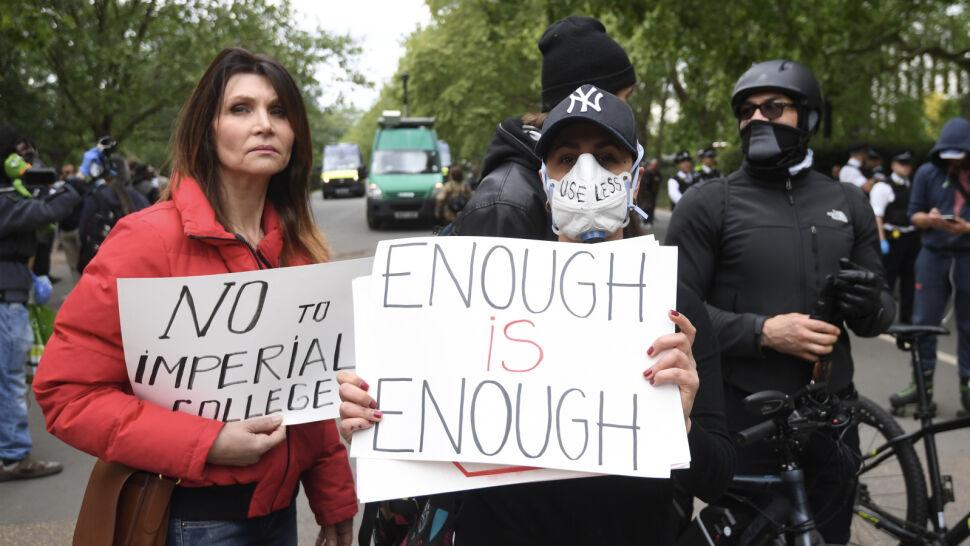 Zakazane protesty w dobie pandemii? W niektórych krajach sytuacja wygląda inaczej
