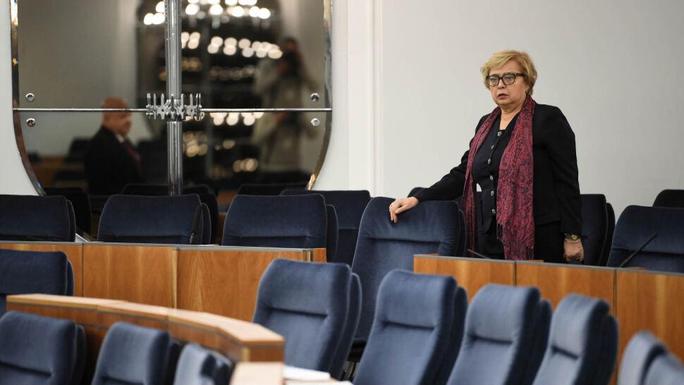 """""""Przypomnieli sobie"""". Posłowie PiS tytułują Małgorzatę Gersdorf Pierwszym Prezesem SN"""