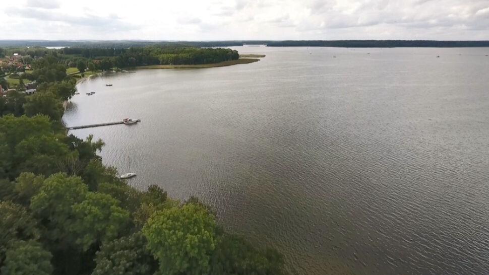 Akcja na jeziorze Kisajno. Prokuratura: poszukiwany to Piotr Woźniak-Starak
