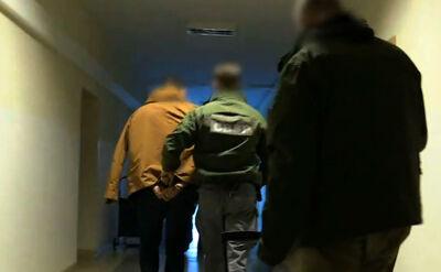 """Operacja """"Lodołamacz"""". Grupa przemycająca narkotyki rozbita, 22 osoby zatrzymane"""