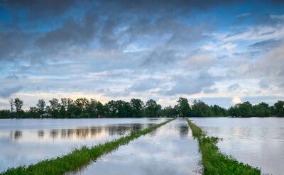 Wielka woda grozi kolejnym regionom