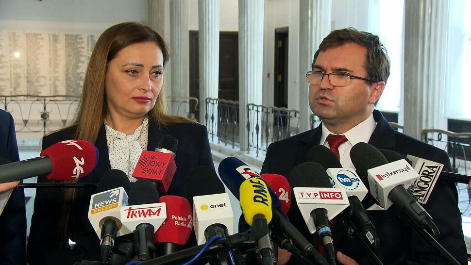 Troje posłów postanowiło opuścić klub PiS. Zjednoczona Prawica traci większość w Sejmie
