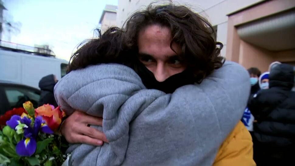 Rodzina i znajomi przyszli odebrać 17-letniego Janka z prokuratury. Interweniowała policja