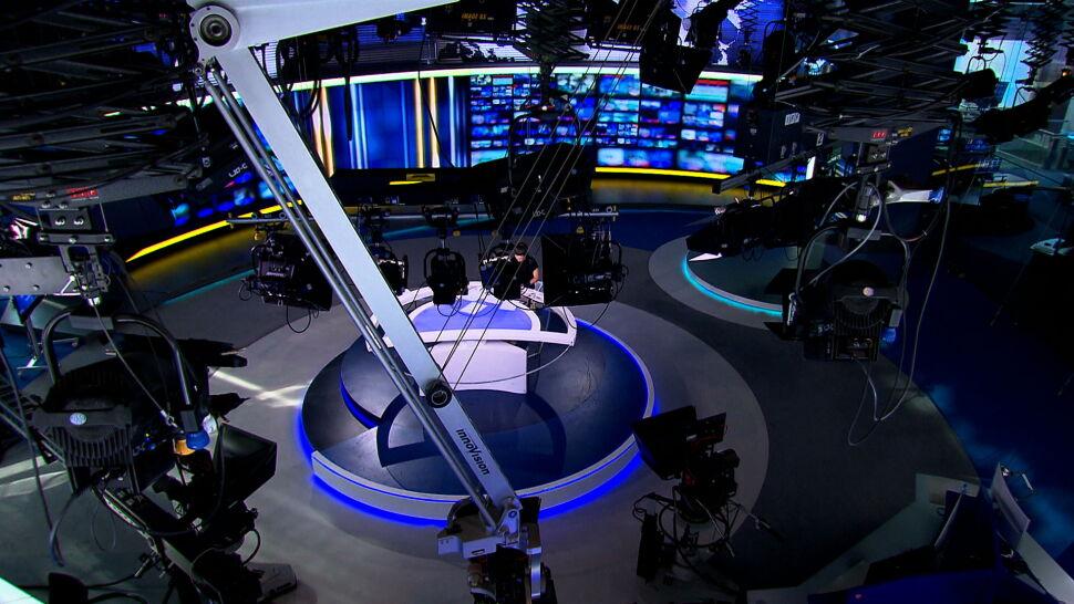 """Fakty"" TVN i kanał TVN24 liderami oglądalności w lipcu"
