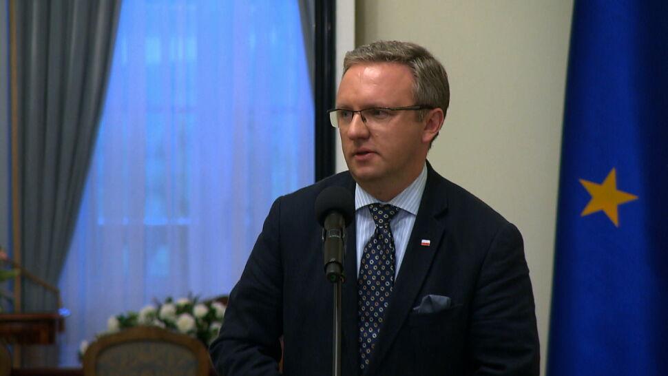 """Celibat i 500 plus. Minister Szczerski przeprasza za swoje """"zniekształcone"""" słowa"""