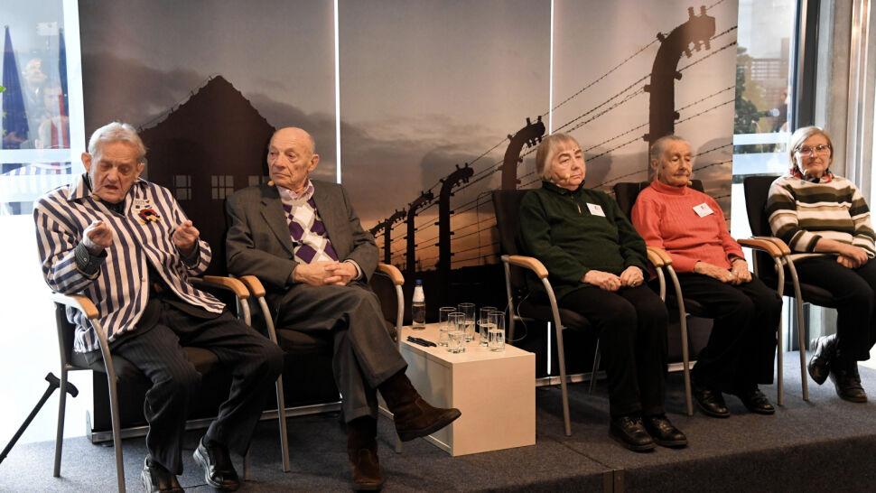 """""""Byli więźniowie będą mieli pierwsze miejsce"""". Oficjalne obchody rocznicy wyzwolenia Auschwitz w poniedziałek"""
