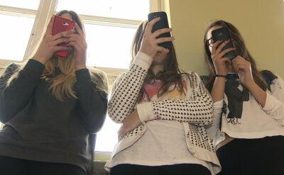 Odwyk dla nastolatków uzależnionych od smartfonów. Korea Południowa pionierem