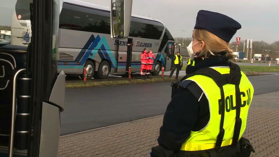 Kontrole sanitarne na graniach Polski. Służby mierzą temperaturę pasażerom