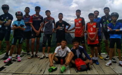 Jak Dzikie Dziki trafiły do jaskini. Historia młodych piłkarzy z Tajlandii