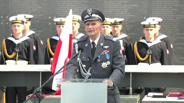 Generał Zbigniew Ścibor-Rylski archiwum TVN24