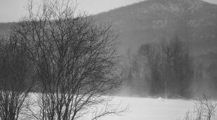 Ciepło, przez moment śnieżnie, i z porywami wiatru do 110 kilometrów na godzinę