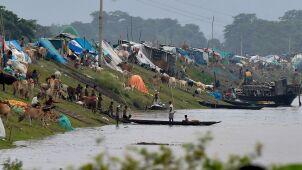 Ponad sto ofiar śmiertelnych, miliony osób musiały opuścić domy