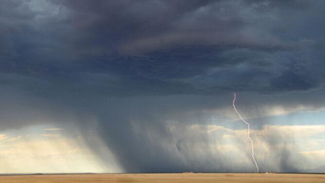 Prognoza na dziś: nadciągają burze, może być niebezpiecznie