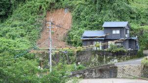 Ulewy, powodzie i osunięcia ziemi. Rośnie bilans ofiar